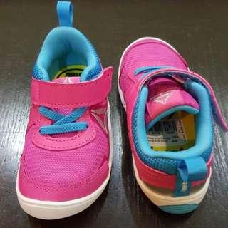 Reebok Girls VentureFlex Shoes