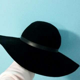 Wide Brim Black Floppy Hat