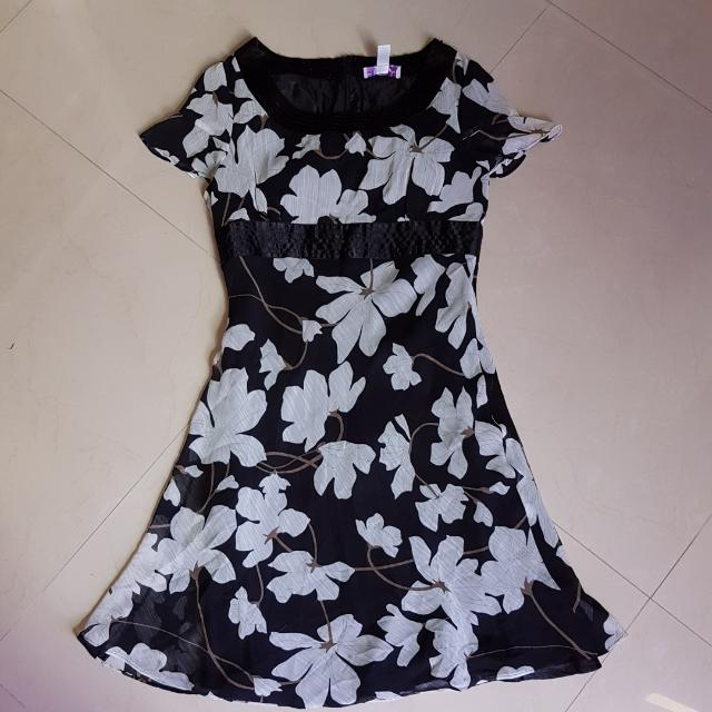 Arthur Yen's Black Dress Size M