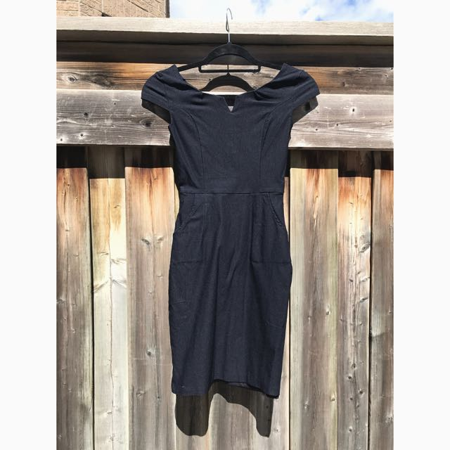 BNWOT Lulus Navy Dress, Size XS/S