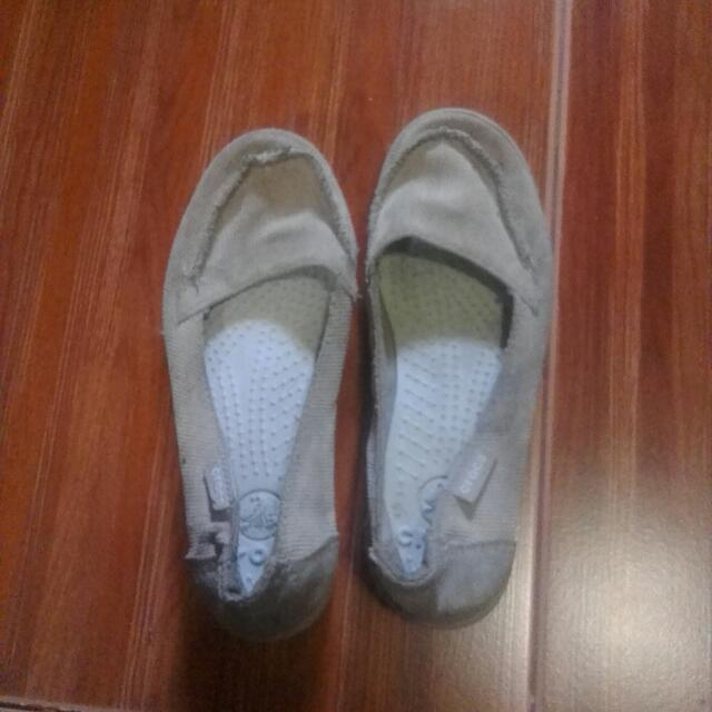 Preloved CROCS shoes