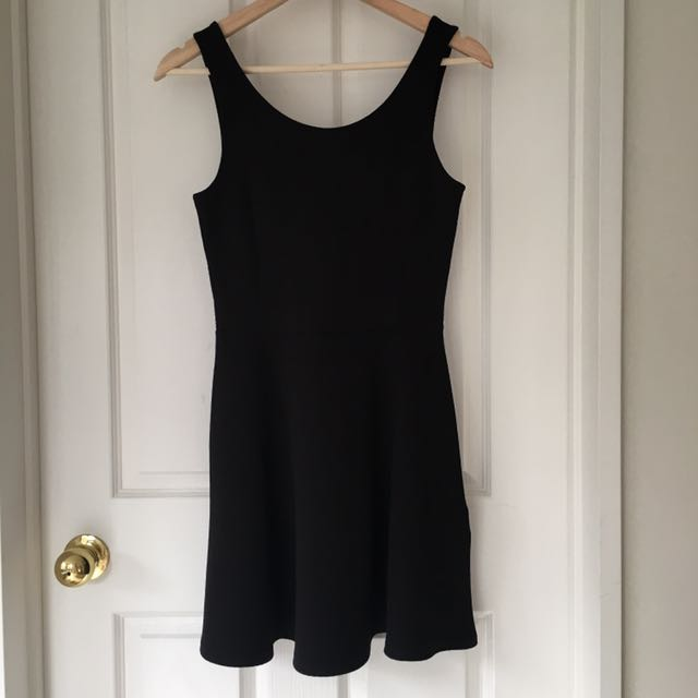 Divided by H&M Lower Back Skater Dress