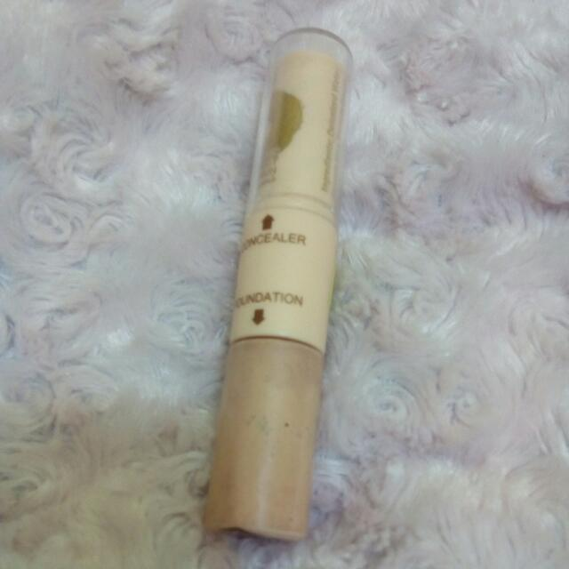 Dual Concealer And Foundation Stick