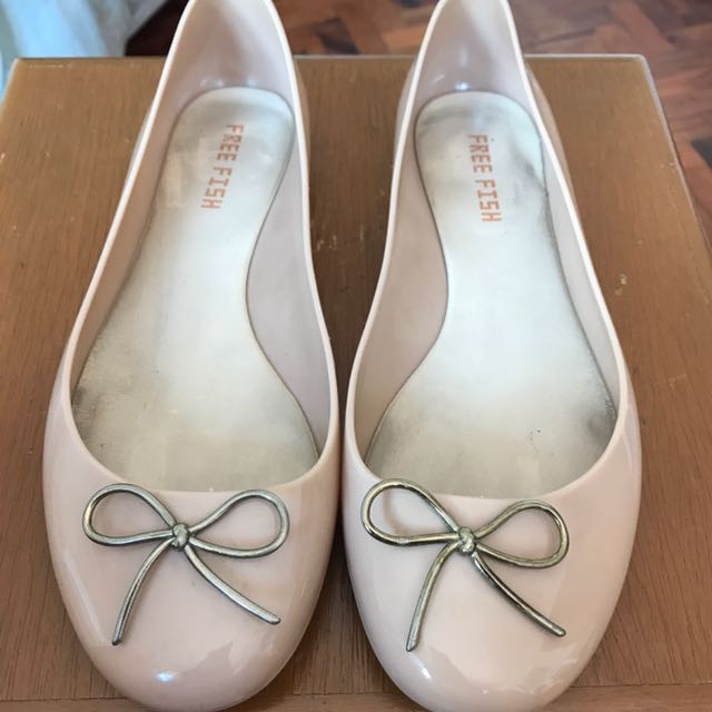 Free Fish Jelly Shoes