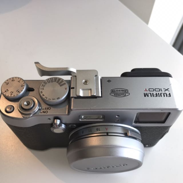 Fujifilm X100T Mirrorless Digital Camera