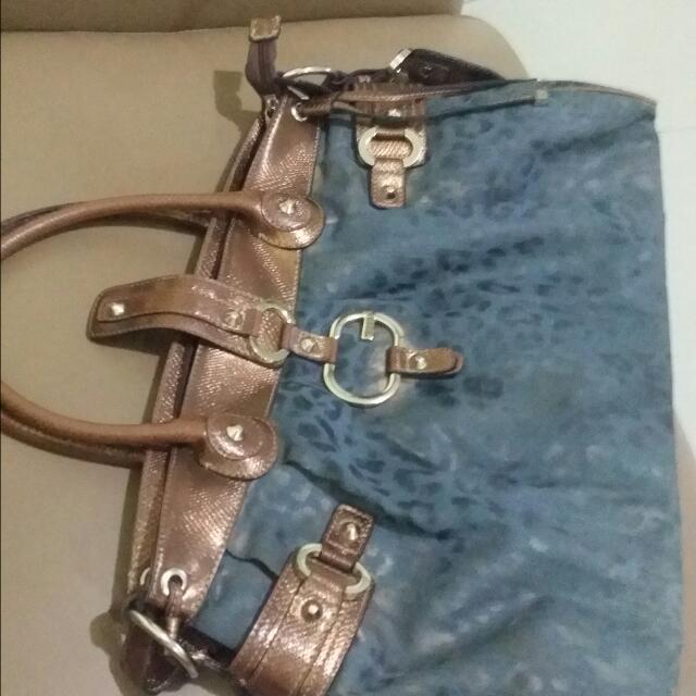💞SALE 950💞Guess Bag