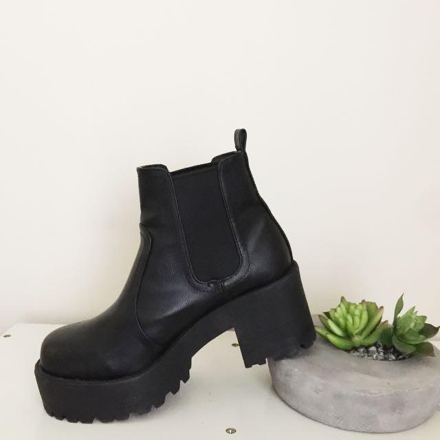Lipstick Eamon Boots