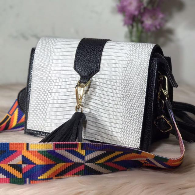 MARILYN (Coloured Strap Tassel Cross Body Bag)