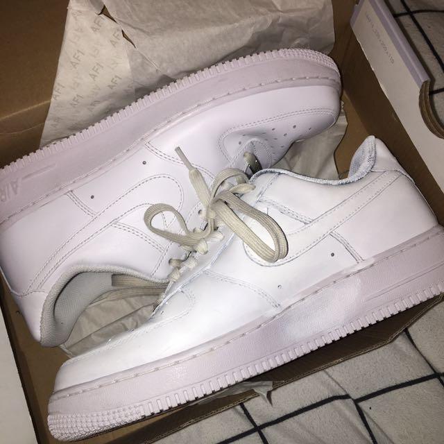 Nike Air Force 1 8.5 Mens