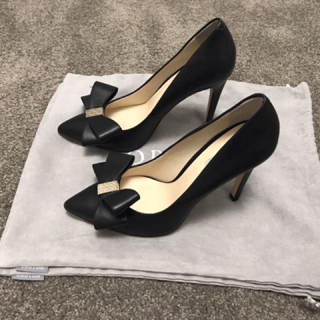 Oroton Bow Heels