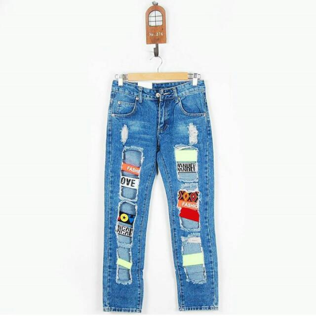 Ripped Patch Jeans