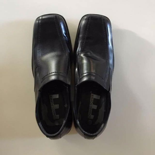 Sepatu Formal Edward Forrer