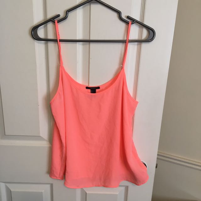 Size Large(fits Smaller)