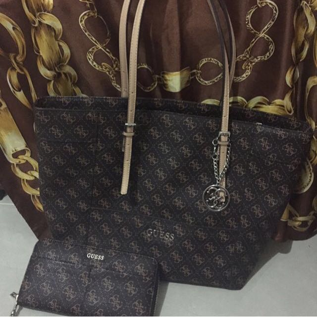 Tas & Dompet Guess