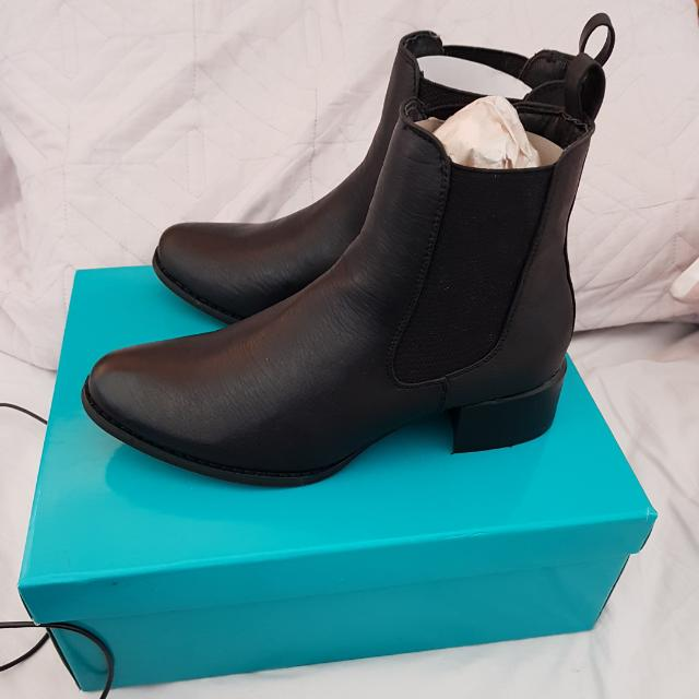 Therapy Ankle Black Boots Size 5