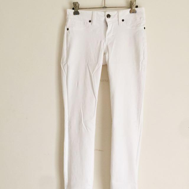 White Skinny Jeans *pending*