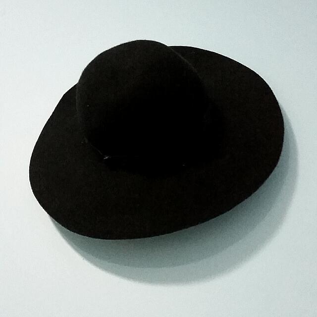 Wide Brim Black Floppy Hat