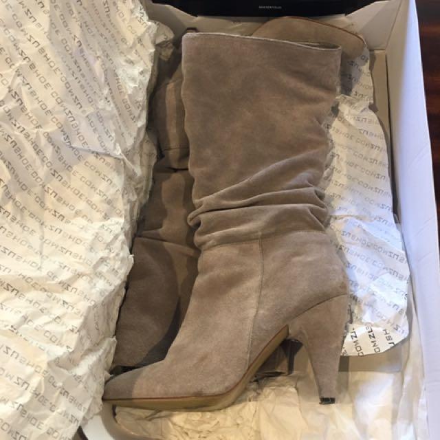 Zu Camel Grey Boots