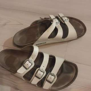 White Birkenstock (3 Stripes)