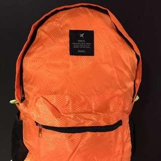 輕盈旅行可摺疊背包