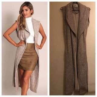Gingham & Heels Woollen Sleeveless Jacket