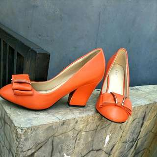 Heel Fld Orange Sz 38