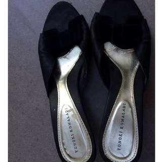 Yongki Komaladi Black Heels