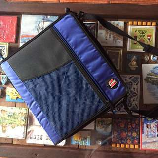 Carry-on Notebook Binder