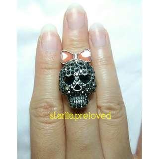 Bow Skull Ring