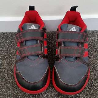 Size 10 C Addidas Shoes