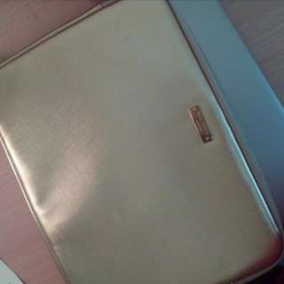 Kate Spade Laptop Sleeve (New With Hairline Scratch)