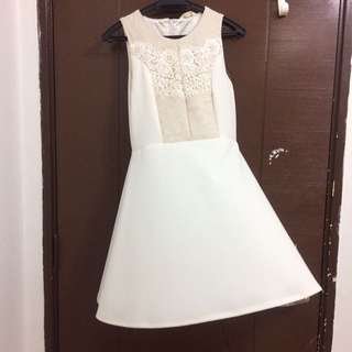 White laces Dress