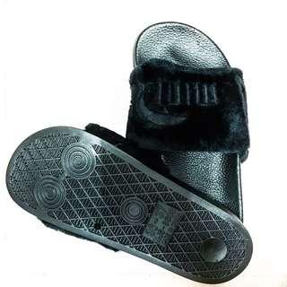 Waterproof Black colour shoe(Puma)