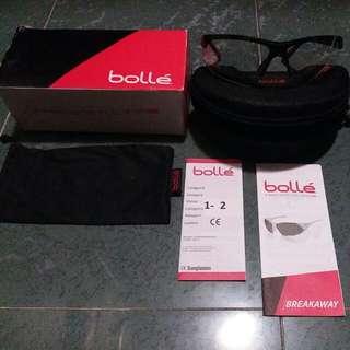 Bolle運動眼鏡
