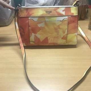 GUESS SHOULDER  Bag's
