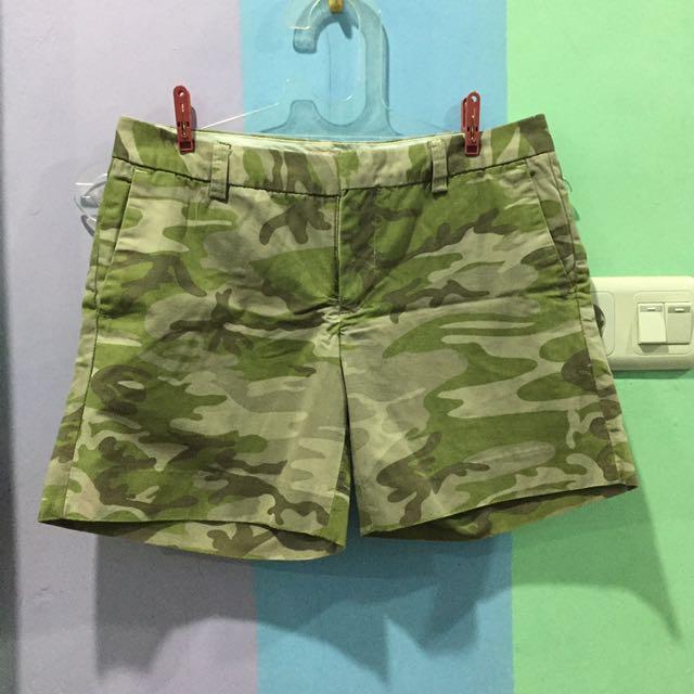 Arnessio Army Shorts
