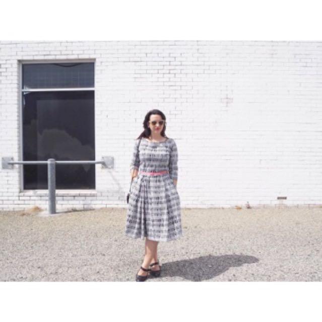 AVA 3/4 printed Work dress Size 14
