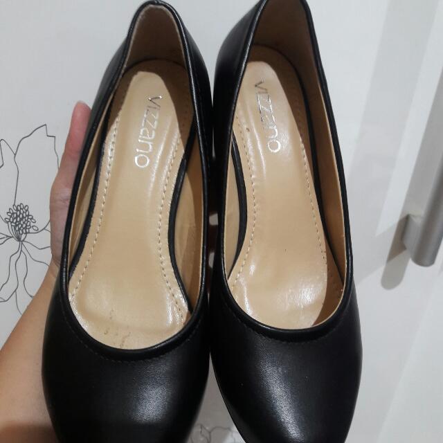 Black Heels Vizzano