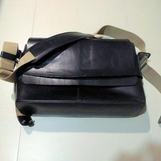 2f4b845e461 Brooks England, Barbican Leather Messenger Bag, Men's Fashion, Bags &  Wallets on Carousell