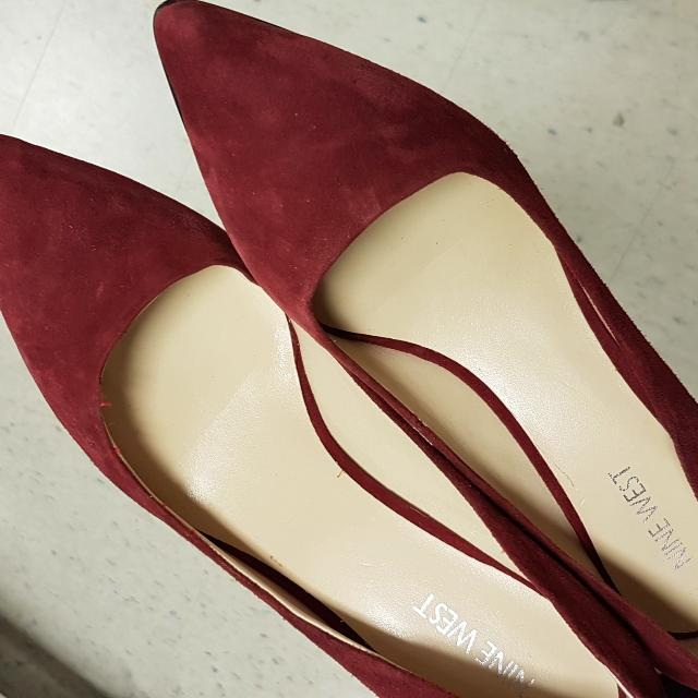 Nine West Burgundy Pointed Short Heels Size 8.5