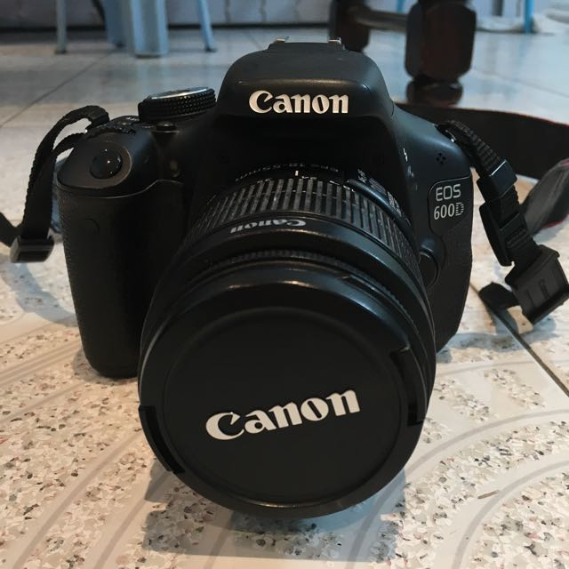 Canon 600D 18mp DSLR + 18-55mm kit lens