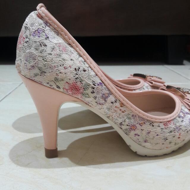 Channel Heels Pink