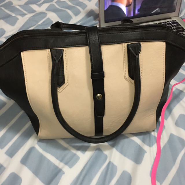 Cream/black Bag