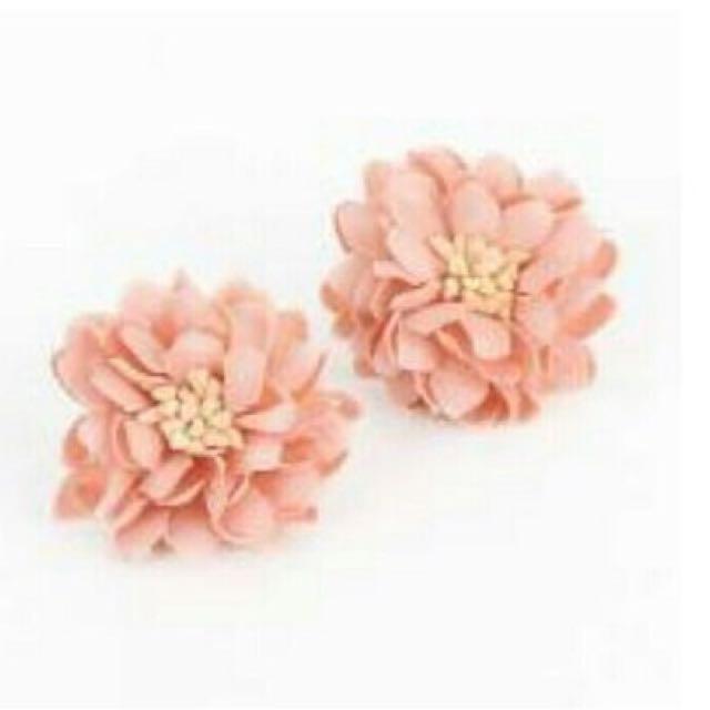 Flower Earing (peach)
