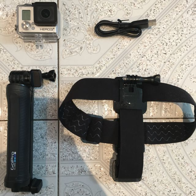 GoPro Hero 3 Silver + head strap + GoPro 3 way grip