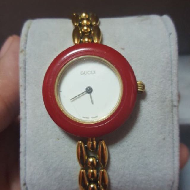 Gucci watch with bangles