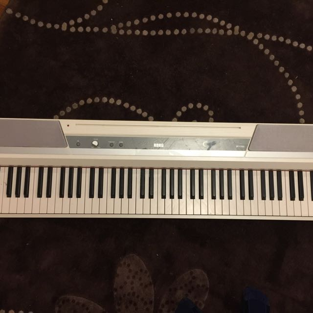 Korg Keyboard Digital Piano SP 170S