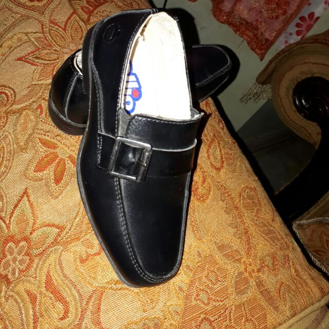 Ollie Black School Shoes For Boys - Repriced