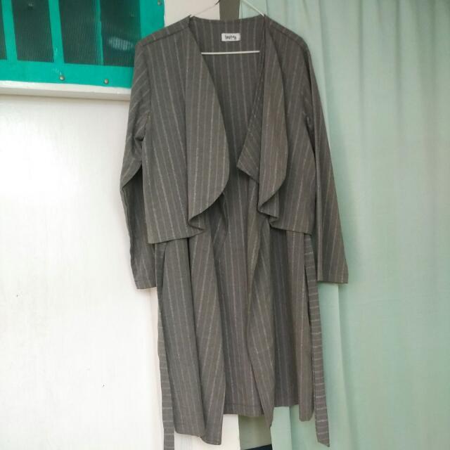 Pakaian wanita merk Loony