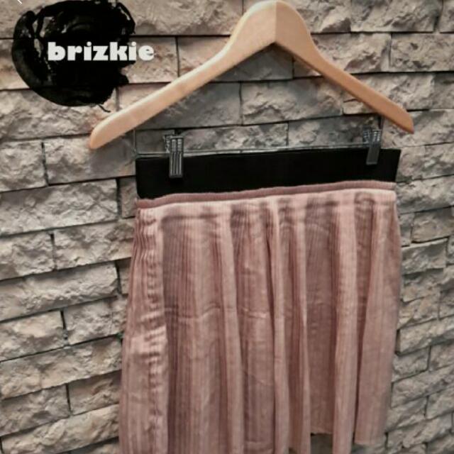 PRE💚 ZARA Pleats Mini Skirt